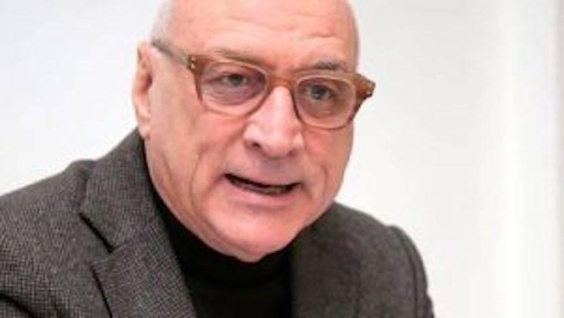 Ex sindaco di Pescara muore investito dal treno