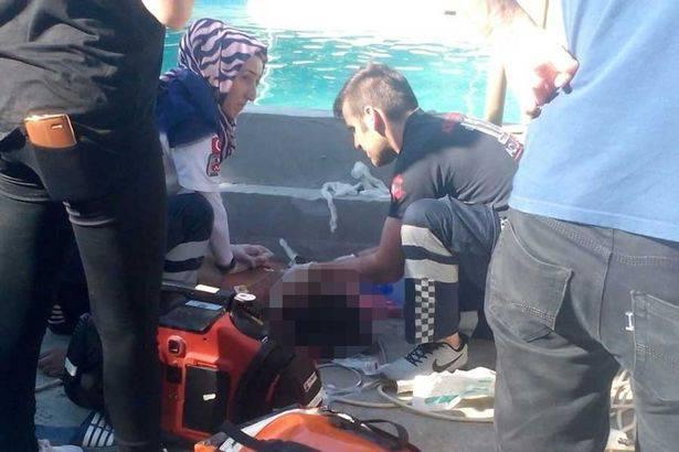 5 morti folgorati in un acquapark: 3 sono giovanissimi – VIDEO