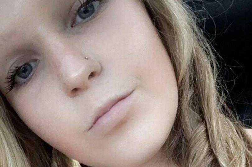 Ragazza di 16 anni ruba un machete e uccide un autista Uber