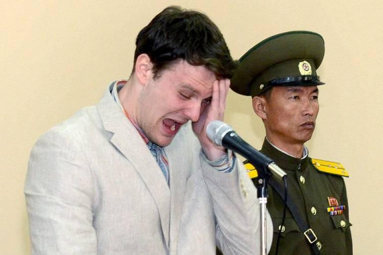 Studente Usa scarcerato dalla Corea del Nord: è in coma
