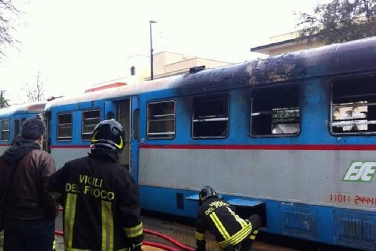 Salento, scontro tra treni un anno dopo il dramma di Corato
