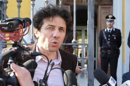 """Dj Fabo, imputazione coatta per Marco Cappato: """"Va processato"""""""