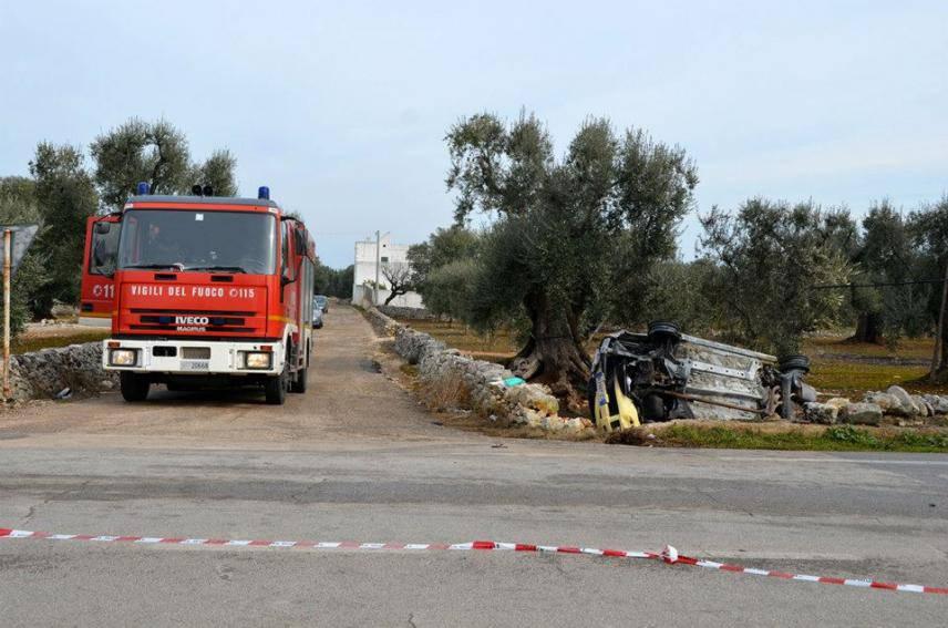 Presicce, 19enne morto carbonizzato dopo schianto contro un albero di ulivo