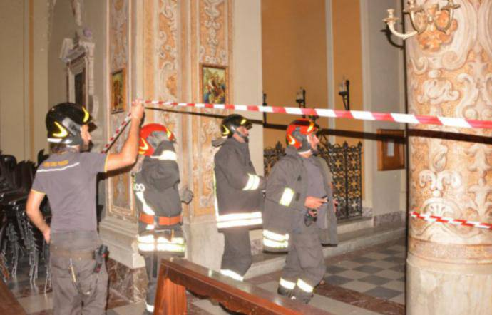 Crolla intonaco del Duomo: grave bimbo di un anno