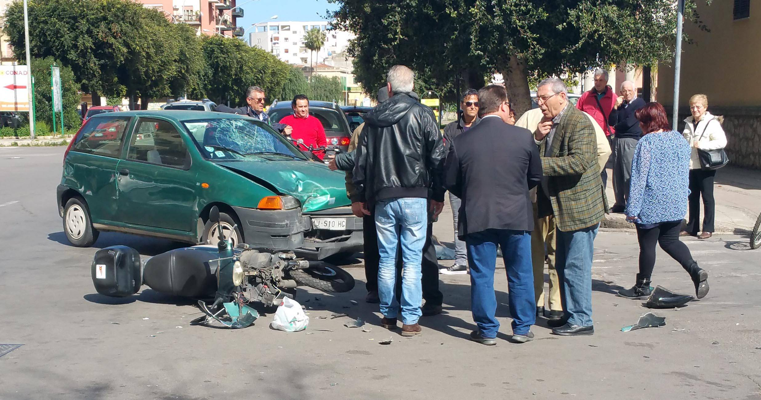 Incidente a Roma. Muore il papà, grave il figlio di 6 anni