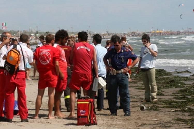 Tragedia ad Ostuni, ancora due vittime in mare per il forte vento