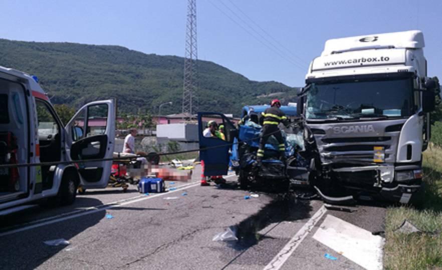 Camion contro furgone nel Veronese, il bilancio è gravissimo