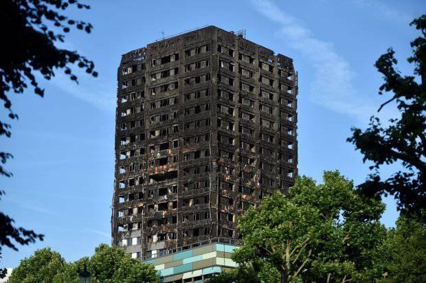 Grenfell Tower: tra le vittime un bimbo ancora nel grembo della madre