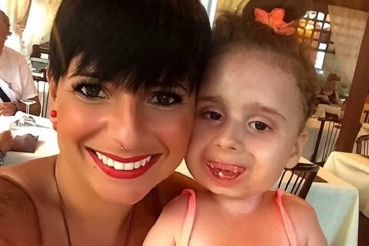 """L'ultimo saluto alla mamma di Bea: """"Non ha mai perso il sorriso"""""""