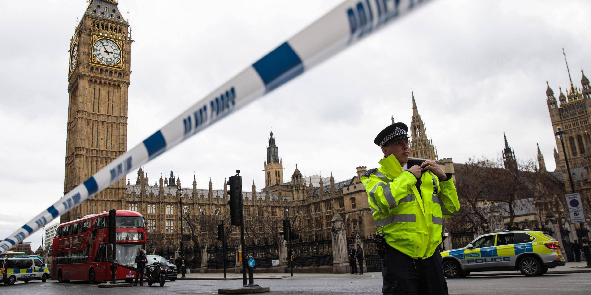 Terrorismo, la simulazione di attentato finisce malissimo