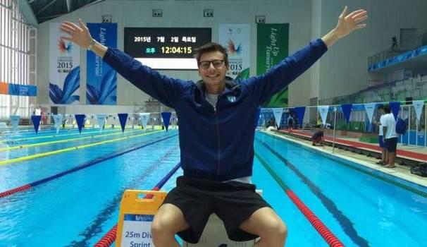 Assurda tragedia per il 24enne Campione di nuoto