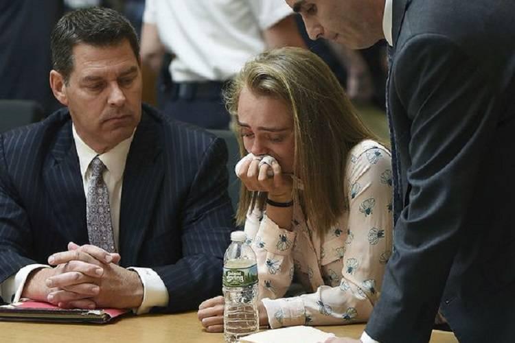 """""""Colpa tua se è morto"""", alla lettura della sentenza scoppia in lacrime"""