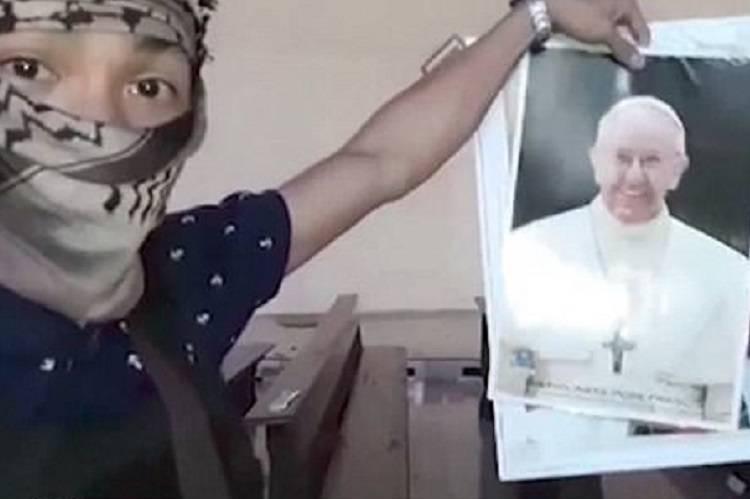 Isis minaccia il Papa e avverte: