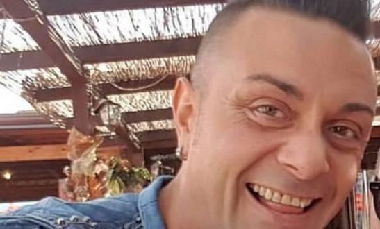 """""""Due colpi al cuore"""": così il """"mostro"""" ha ucciso l'attivista gay"""