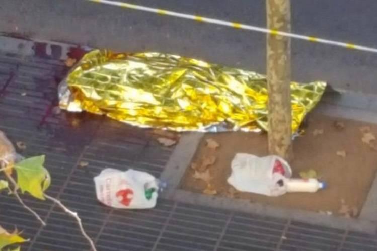 Barcellona: si nasconde nel freezer e racconta l'orrore – VIDEO