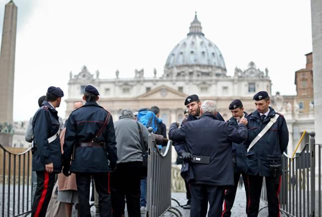 """Allarme terrorismo: ecco le misure per """"blindare"""" l'Italia"""