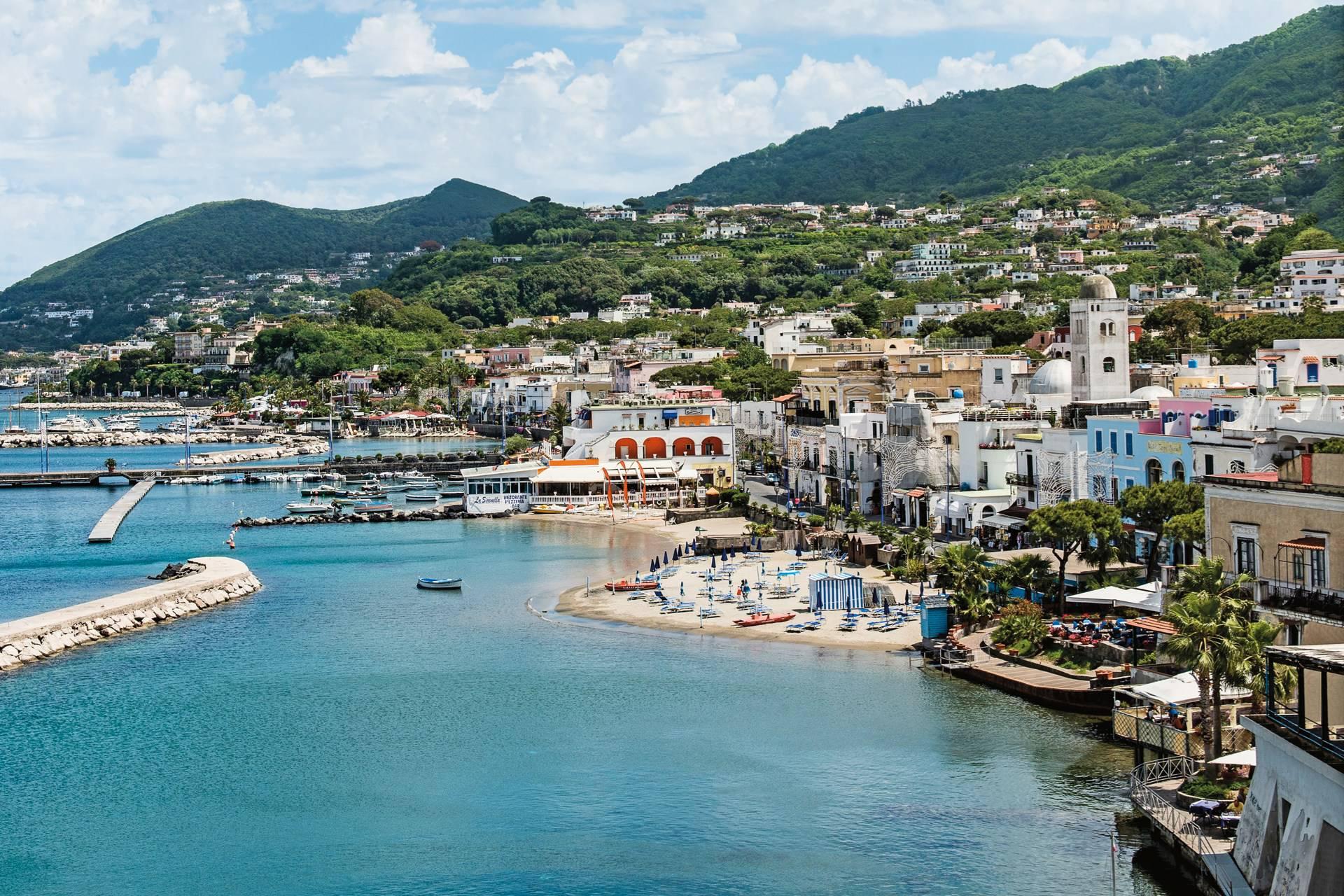 Terremoto ad Ischia, panico tra i residenti