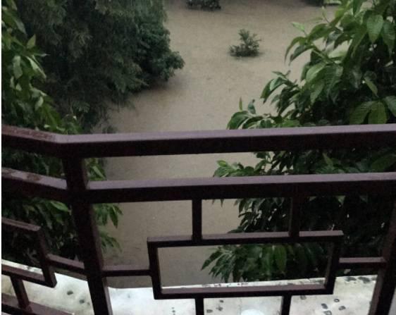 Monsoni in Nepal. Tra gli italiani intrappolati anche Francesca Chaouqui