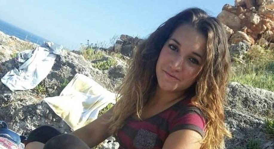 Noemi, 16enne scomparsa. L'ultimo inquietante post su Fb