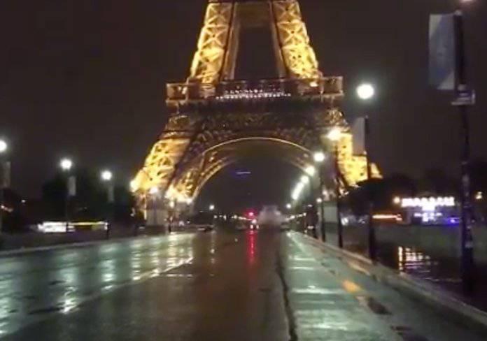 Evacuata Torre Eiffel per