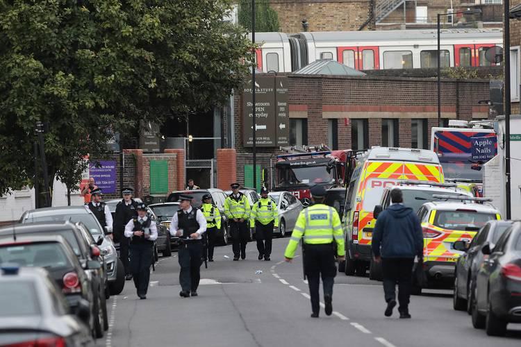 Londra, incubo terrorismo: evacuata di nuovo la metro