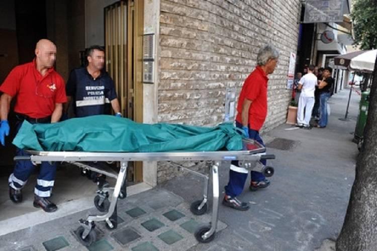 Milano: trovato nel suo appartamento, era morto da mesi