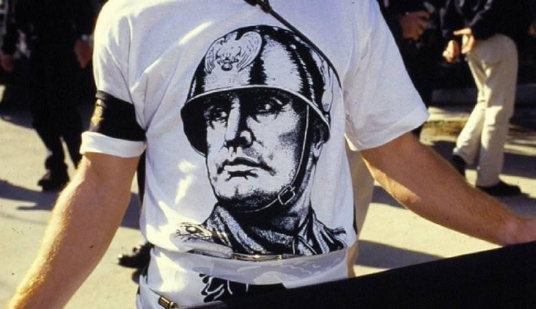 fascismo apologia Mussolini Fiano