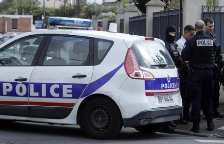 Ancora terrore in Francia: sparatoria nella stazione di Noyon
