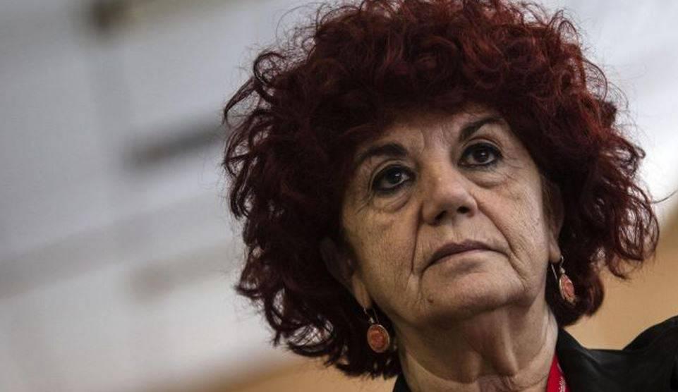 """Scuola, ministro Fedeli: """"Punizione per chi abusa della 104"""""""