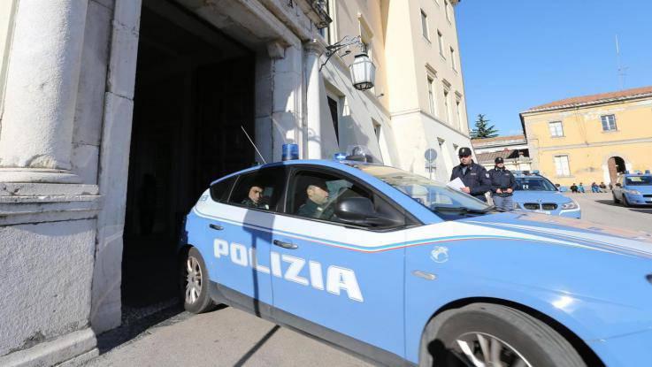 Aggredisce e violenta una turista finlandese: arrestato un rifugiato