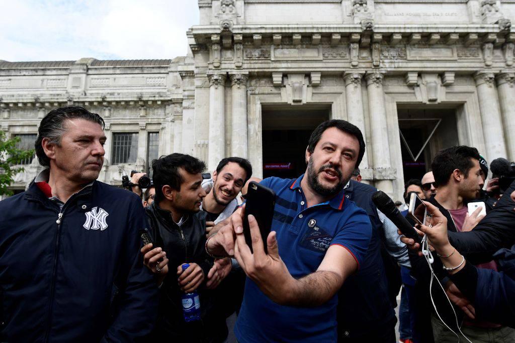"Ius soli, Salvini: ""La Boldrini sciopera? Mangio per lei"" – VIDEO"