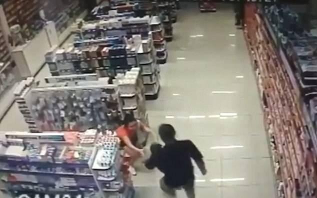 rapina in farmacia