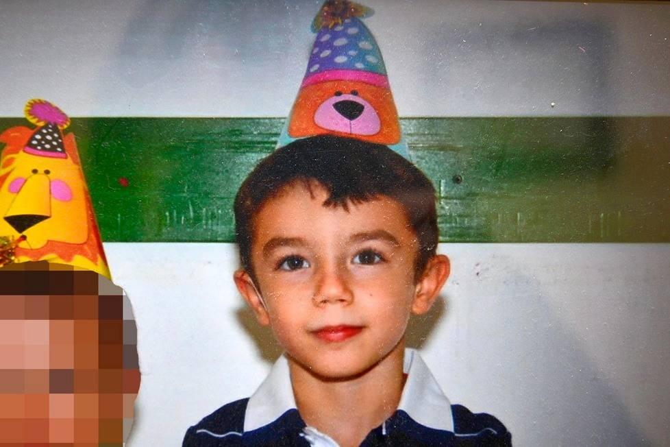 Per i medici ha solo l'influenza, Giovanni muore a 6 anni: scatta il processo