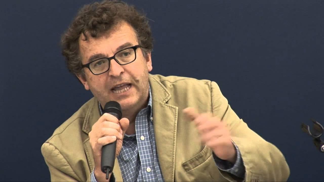 """Ugo Mattei avverte: """"Internet e la tecnologia vogliono controllarci"""""""