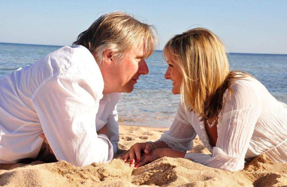 """Picchiata a morte dal marito dopo la separazione: """"Era una coppia perfetta"""""""