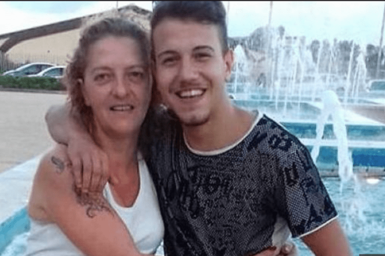 Zia e nipote fanno perdere le loro tracce: è una fuga d'amore?