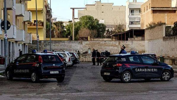 Bari: donna uccisa durante una sparatoria, è stata usata come scudo