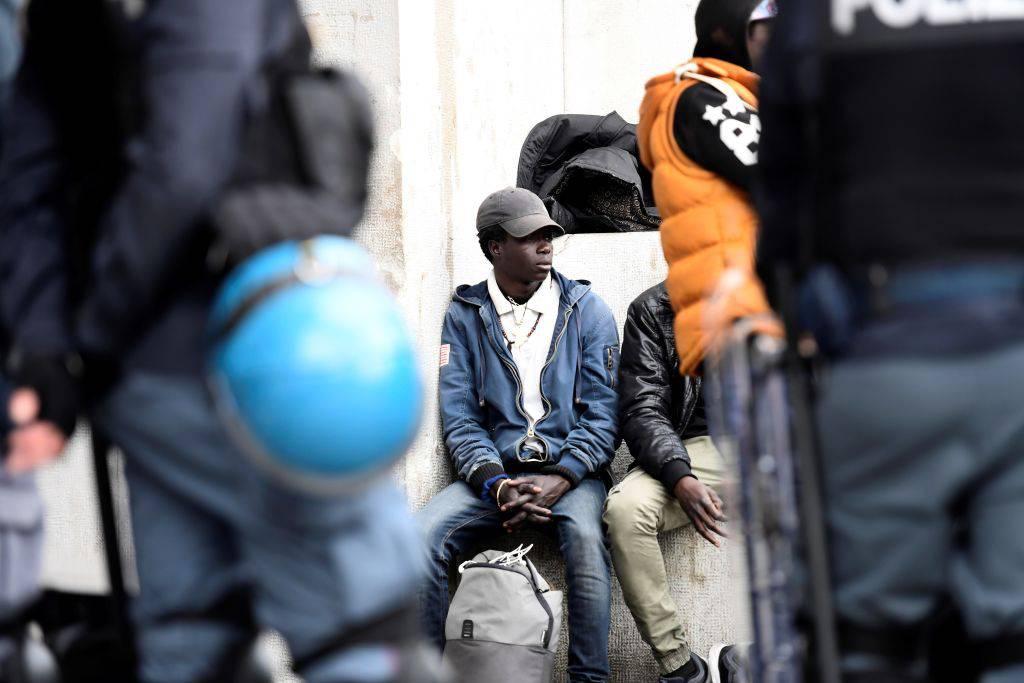 Calo degli sbarchi e criminalità comune: i numeri dell'immigrazione
