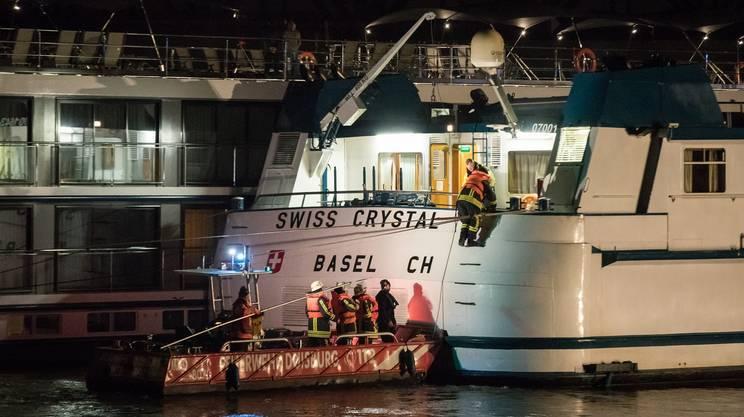 Germania, nave crociera contro il pilastro di un ponte: 27 feriti