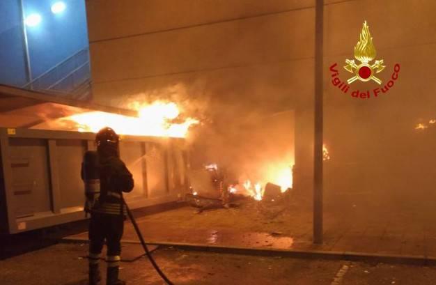 Rovigo: divampa incendio nel cinema, 15 spettatori in ospedale