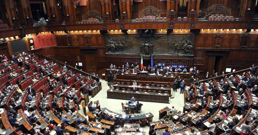 Manovra bocciato il taglio dei vitalizi ai parlamentari for Vitalizi dei parlamentari