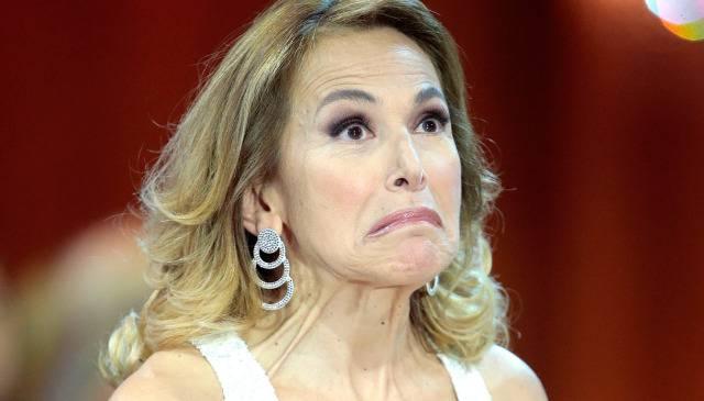 """Barbara D'Urso attaccata su La7: """"Fa più paura dell'Isis"""""""