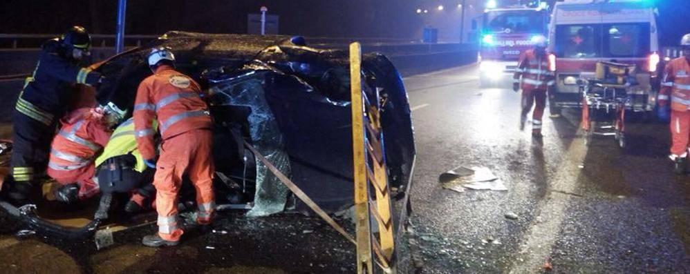 Milano: tragico scontro sulla superstrada, muore una ragazza di 18 anni