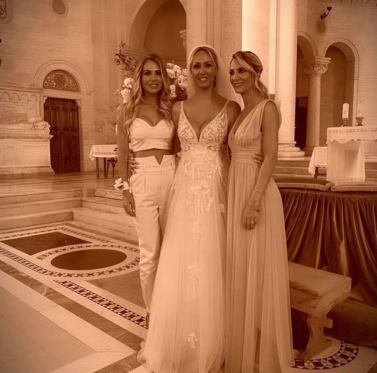 Ilary Blasi al matrimonio della sorella Silvia