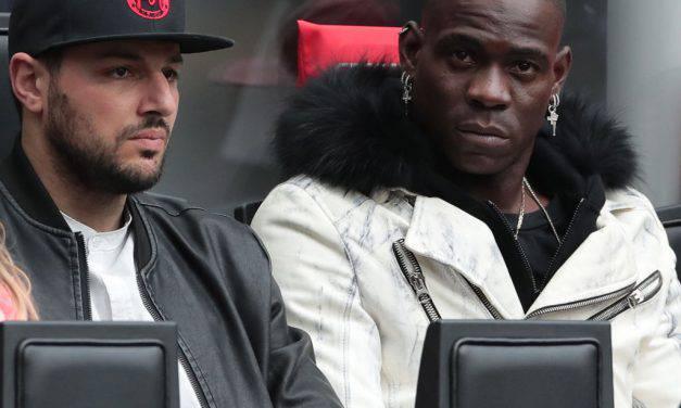"""Balotelli, l'uomo che si è tuffato in moto: """"Nessuna scommessa, mi scuso!"""""""