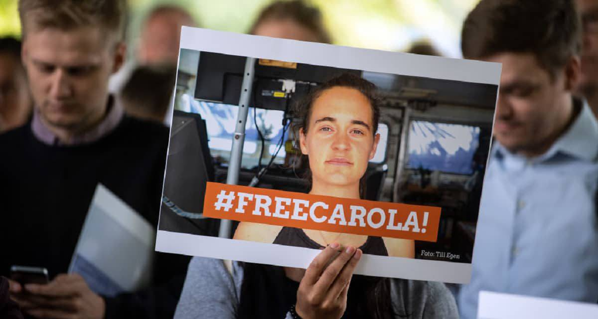Sea Watch, ultima ora: Carola Rackete scarcerata