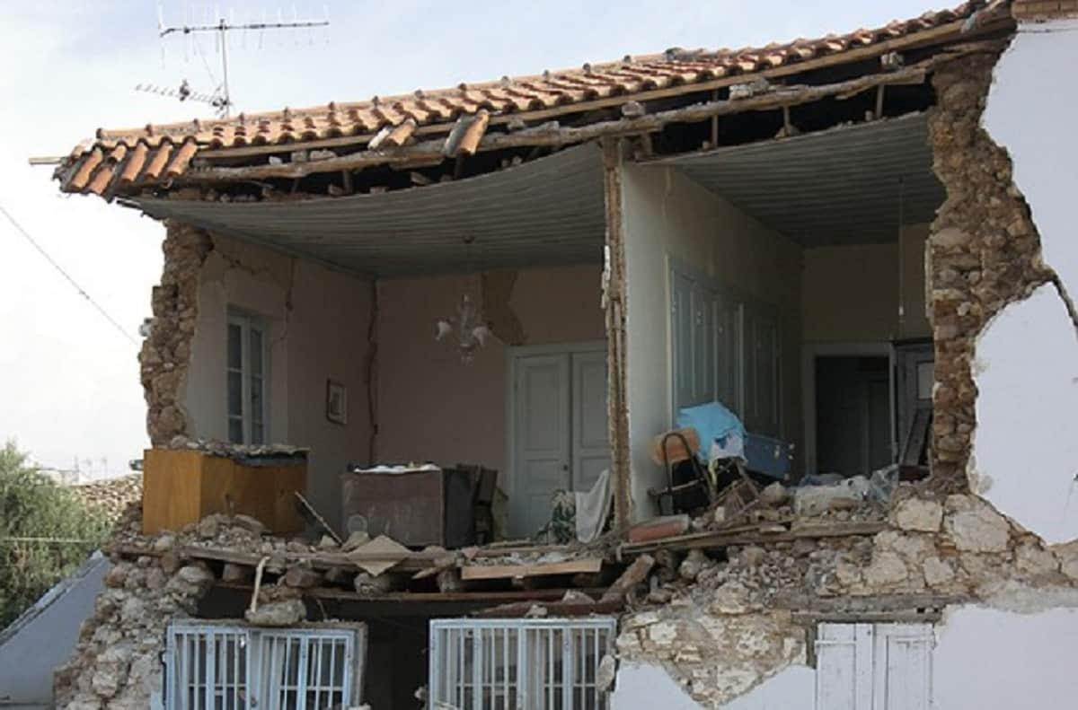 Terremoto  Abruzzo  Lazio scuole chiuse