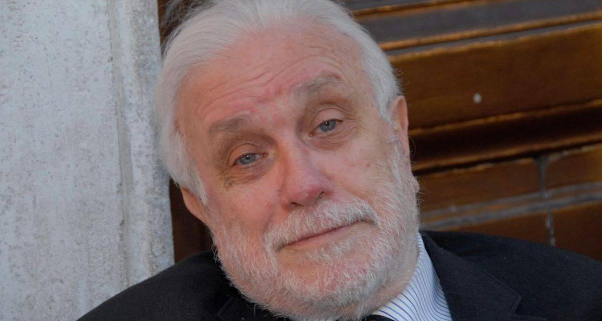 """Roberto D'Agostino: """"De Crescenzo era meglio di Camilleri"""""""