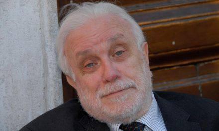 Luciano De Crescenzo morto, il ricordo di amici e colleghi