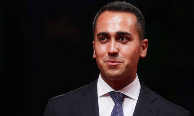 """Di Maio: """"Situazione colpa di Salvini, Conte non parla in faccia!"""""""